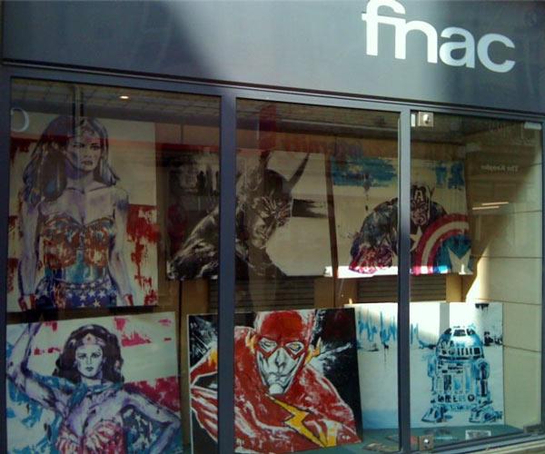 fnac_vitrine_photo_exposition_semaine_bande_dessinee_dijon_comics_art_melle_mademoiselle_bouche
